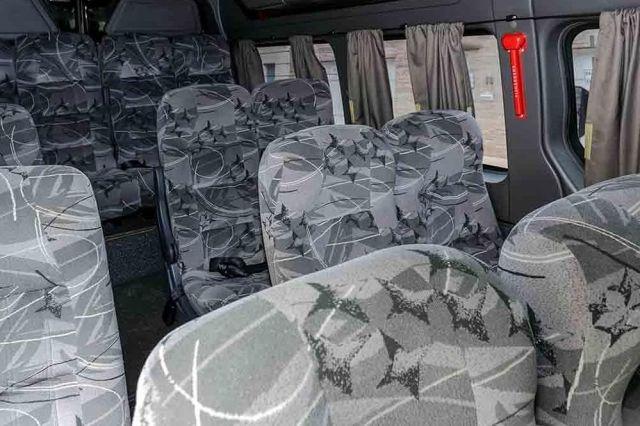 Alugar uma van mensal com motorista